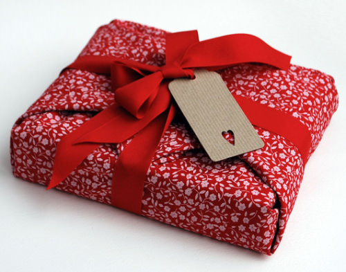 Gift wrapping great asby little asby gift wrapping negle Gallery